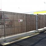 portail à barreaudage bois