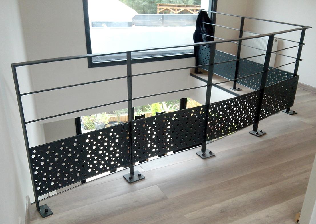 garde corps maison escalier bois garde corps verre garde. Black Bedroom Furniture Sets. Home Design Ideas
