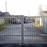 portail battant motorisé