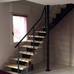 escalier 1/4 tournant limon central crémaillère - marches bois