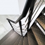 escalier 1/4 tournant marches en tôle gaufrée