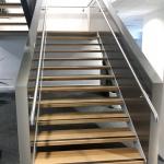 escalier balancé marches bois
