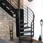 escalier aspect atelier